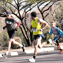 Runners of all ages round the loop at the 2015 Quail Creek Sports Run (courtesy of photographer Al Miller).