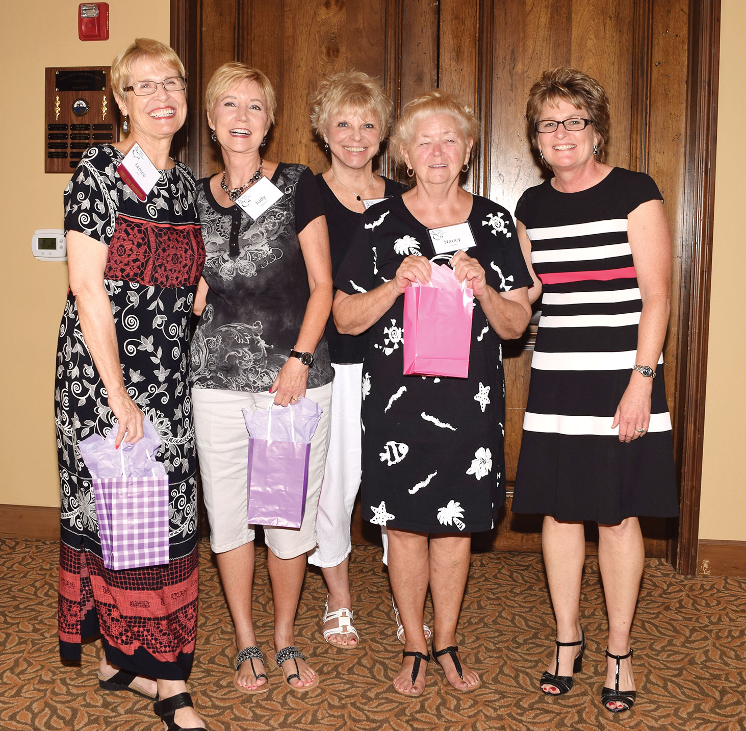 Happy door prize winners congratulated by Judge Royal. From left: Janice Pell, Judy Madison, Nancy Wilson, Nancy Jacobs and Judge Lisa Royal.