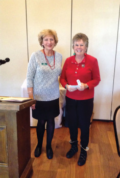 Althea Critchlow presenting award to Marci Yenerich