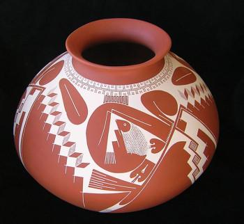 Pottery by Jerardo Tena; photo courtesy of Ron Sullivan