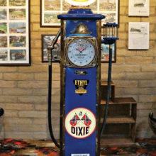 Patricia Thoresen: Dixie gas pump