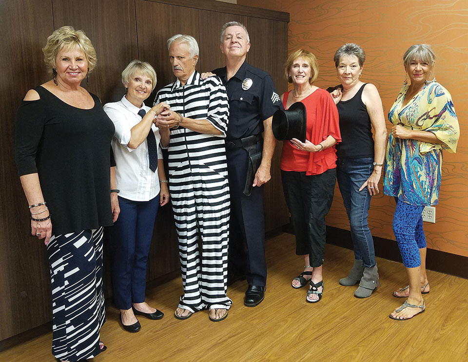 Cast from left to right: Cyndy Gierada, Pam Campbell, Mike Vance, Davey Jones, Sandi Hrovatin, Christine Bohannon, Claudia Andrews